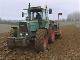 Conducteur(trice) de machines agricoles