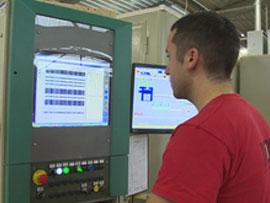 Trois métiers de la menusierie industrielle (Menuiserie mixte Minco)